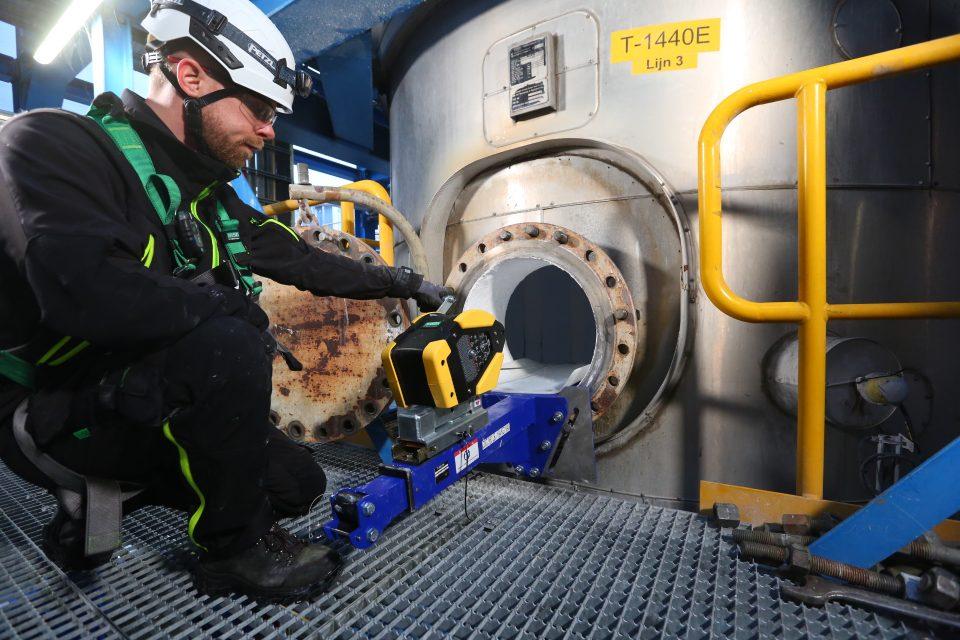 Rescue slider - Veilig werken in besloten ruimten side entry
