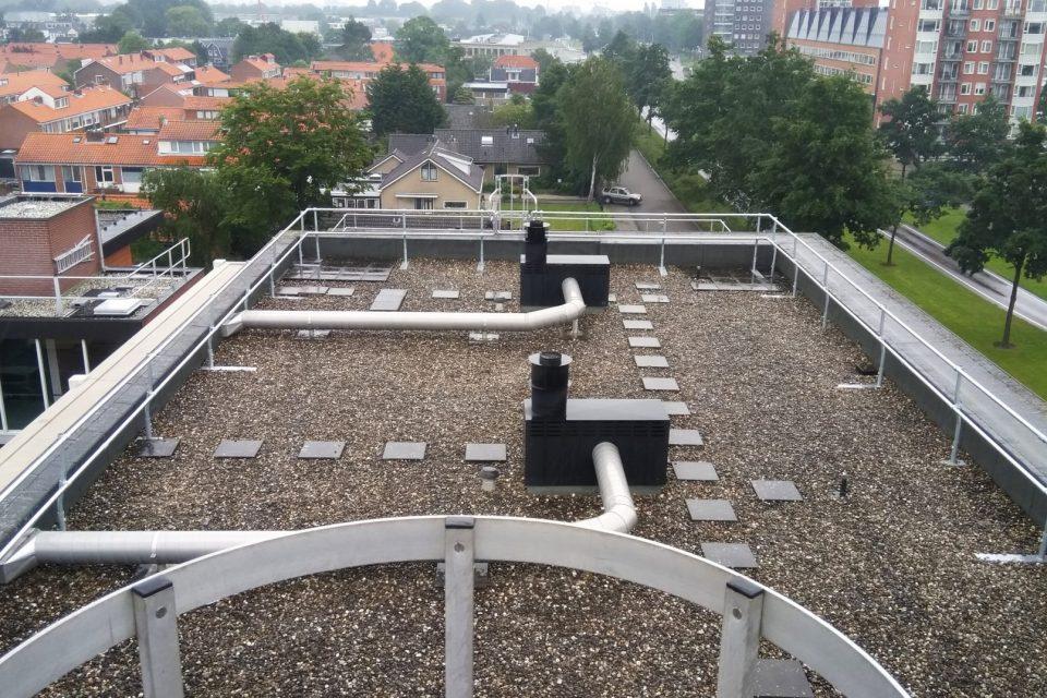 VVE Pluvierhof te Hellevoetsluis kiest voor collectieve valbeveiliging